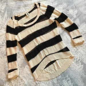 Roxy Black & Cream 3/4 Sweater